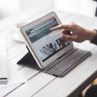 CSR-kommunikasjon via nettside